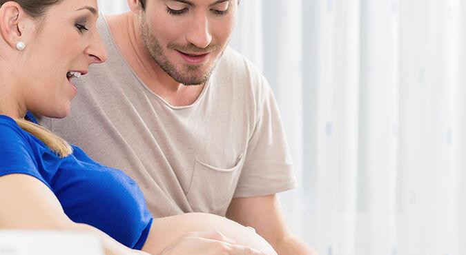 Síntomas horas antes del parto | Más Abrazos by Huggies